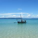 Découverte des radamas en pirogue à balancier et boutre à Madagascar