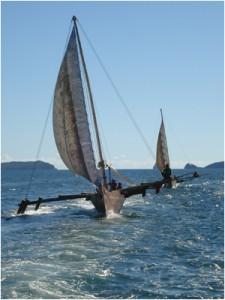Pirogue en mer à Madagascar voyage et séjour nautique